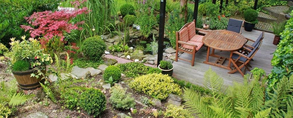 Table de pique-nique : en construire une dans son jardin